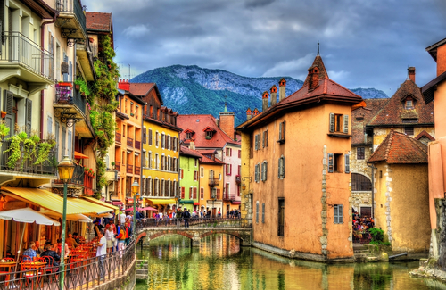 Teach Abroad in France | Teach English in Frace Programs
